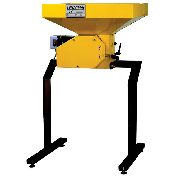 Graincrusher SUPER 1000 220 Volt  2,5 HP  4-5 Q/h